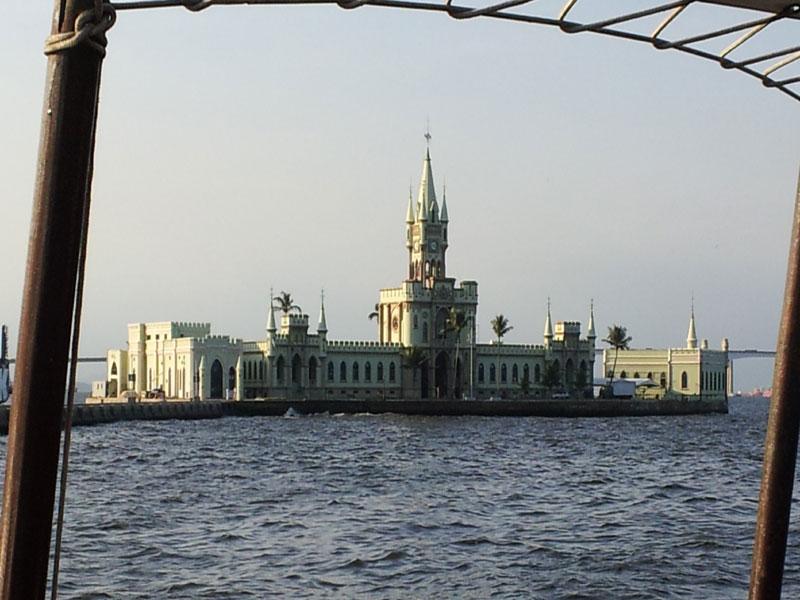 ilha fiscal fachada principal